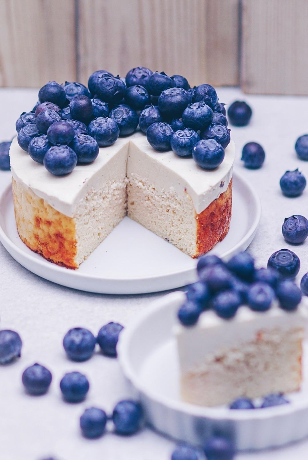 Kokos-Blaubeer Kuchen