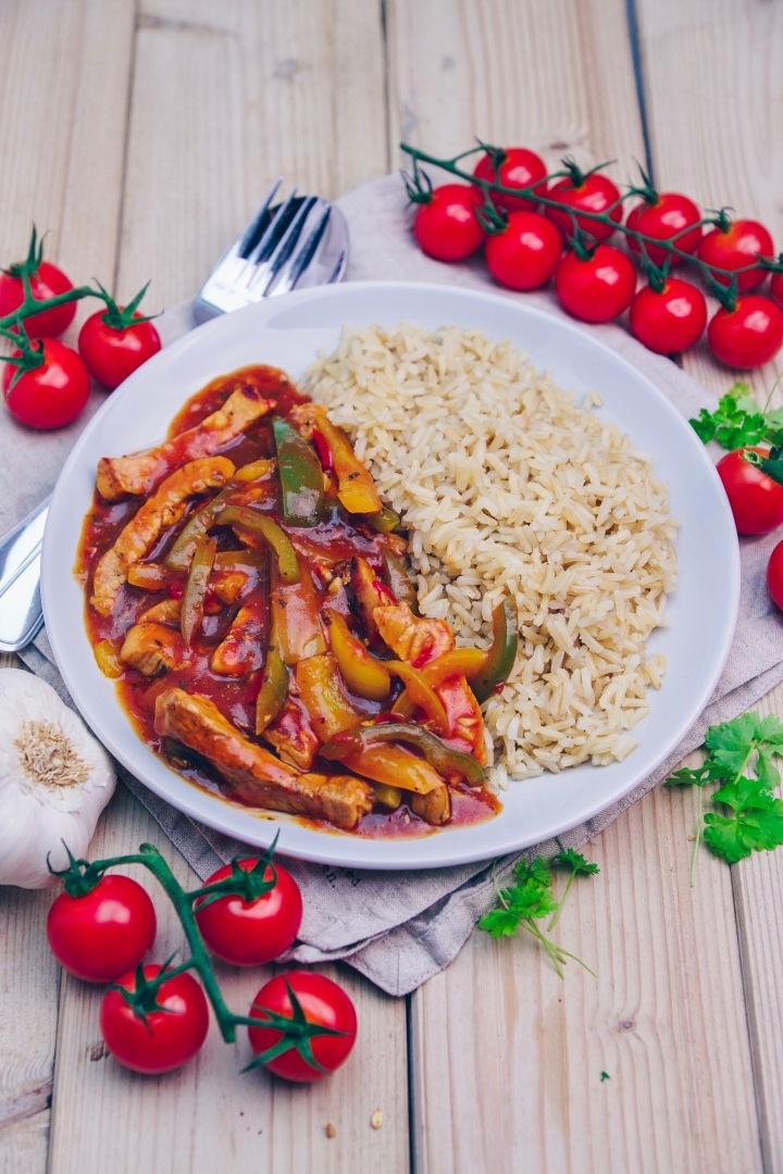 schnelles Pfannenschaschlik mit Reis