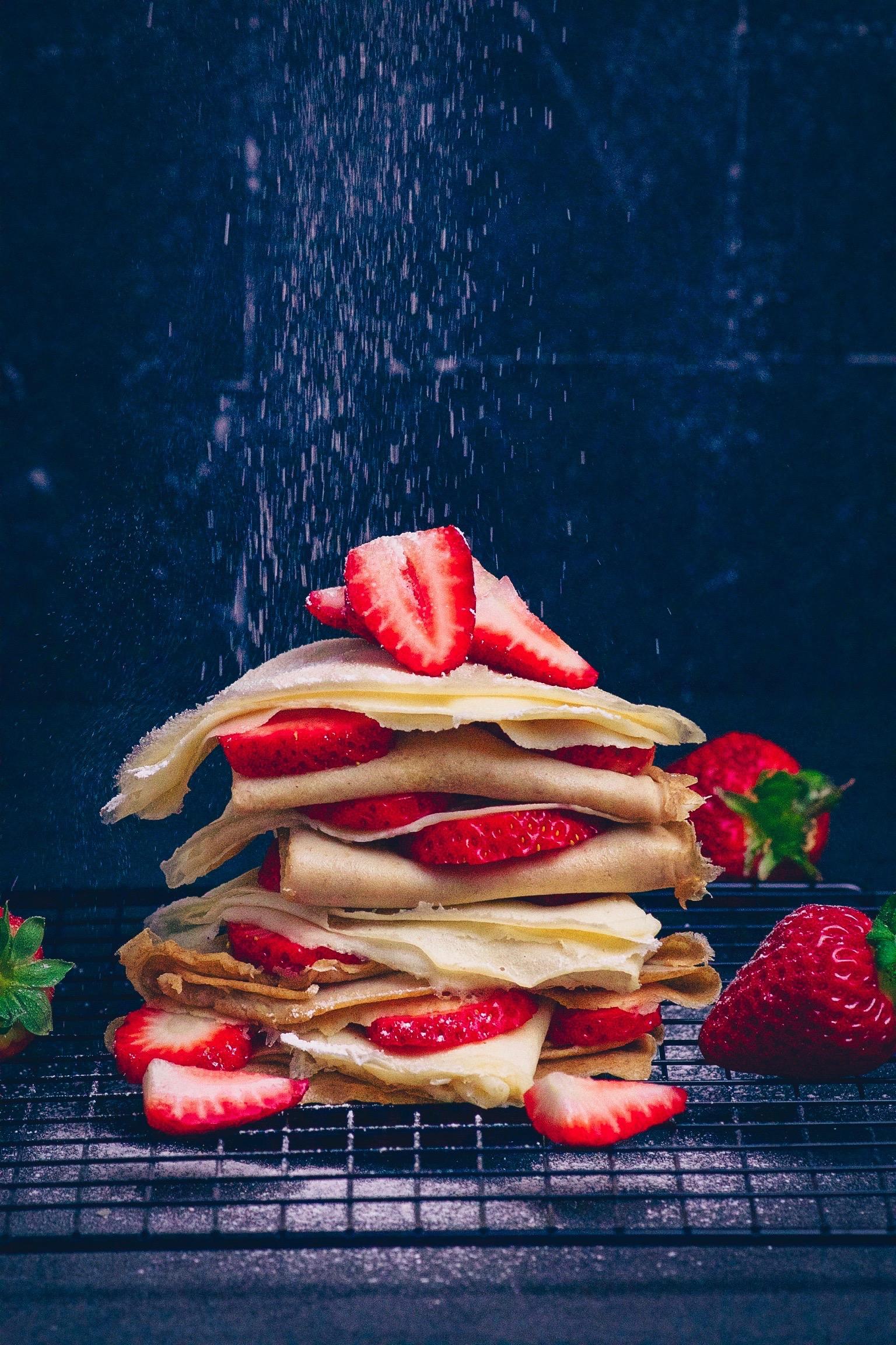 Crêpes mit Erdbeeren