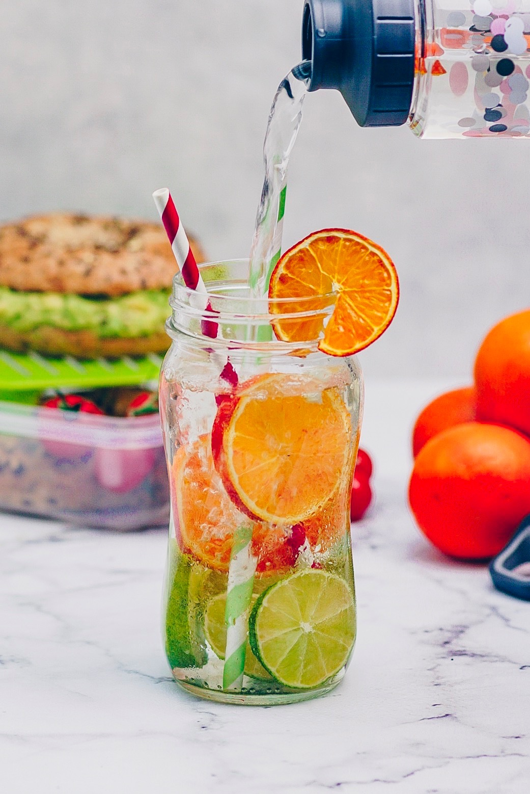 infused water schüttend EMSA