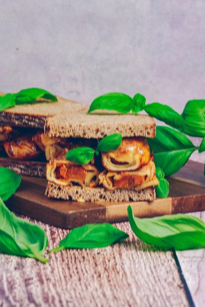 Nudel Sandwich