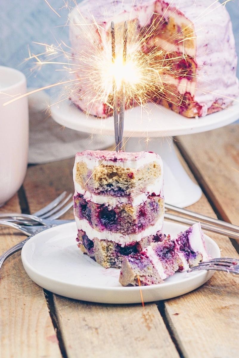 Blaubeer-Zitronentorte mit Marmelade & frischer Mascarpone Joghurt-Creme von Weihenstephan {enthält Werbung}