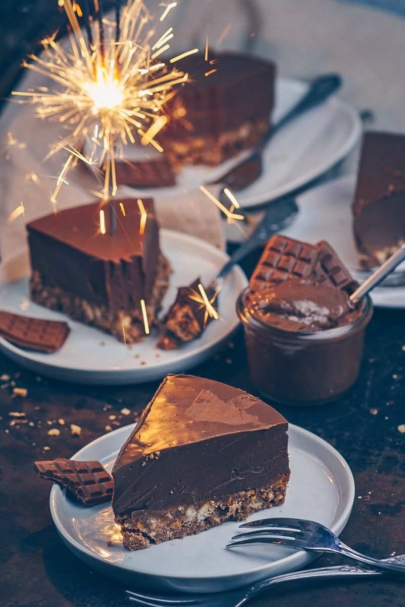 """Zimtkeks-Nougat-Ganache-Kuchen (absolut nicht """"healthy"""")"""